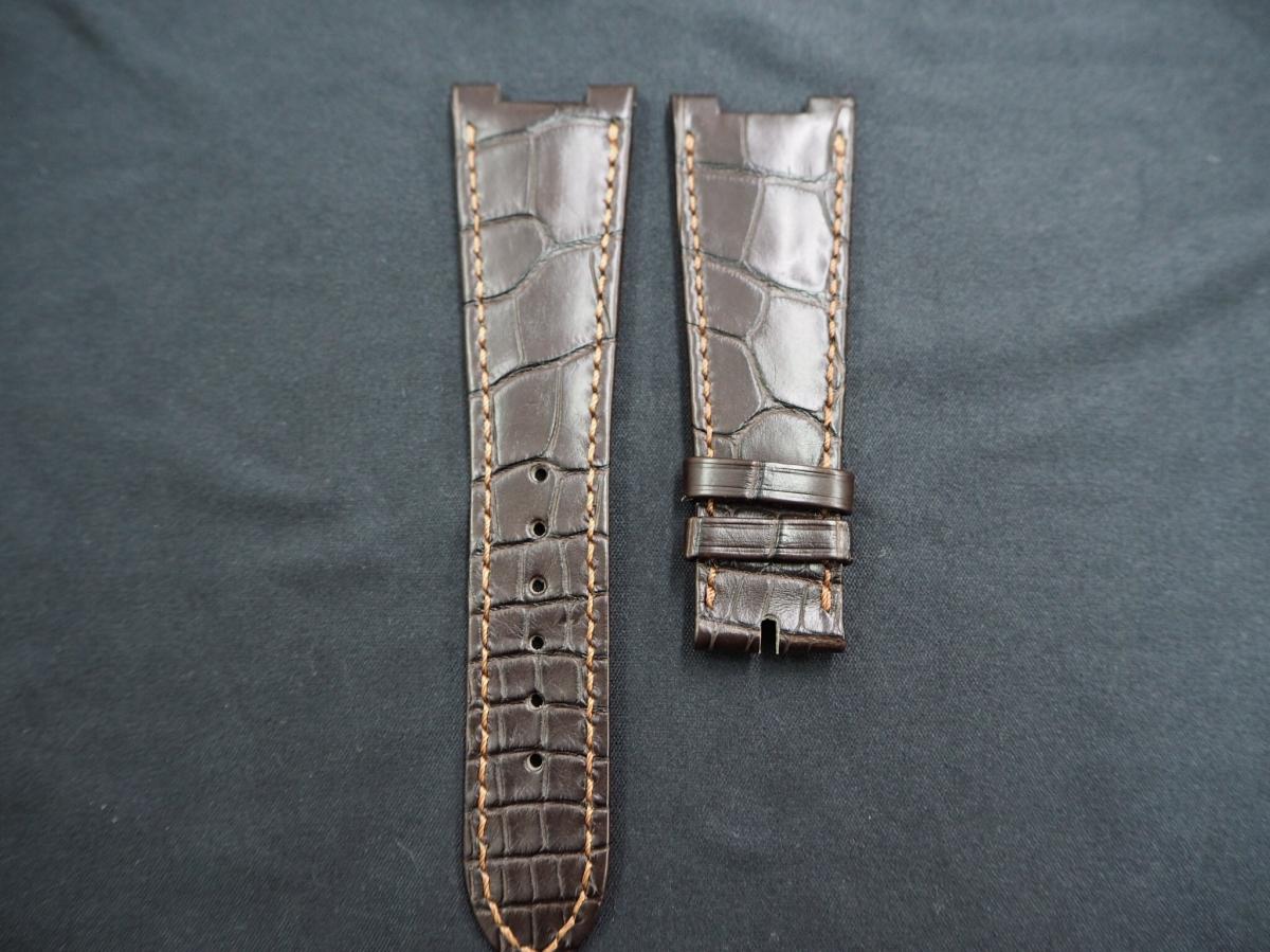 カミーユフォルネの時計ベルトが高い理由。